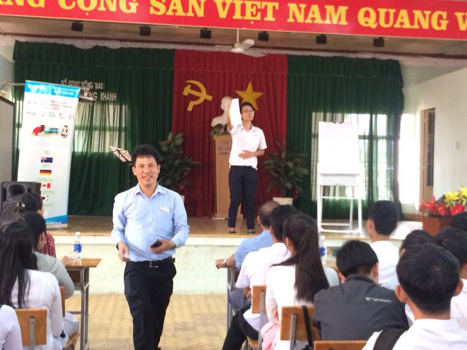 Trường THPT Long Khánh - Đồng Nai